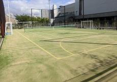 テニスコート兼フットサルコート